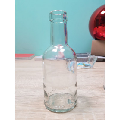 Стеклянная бутылка Домашняя 200 мл, под пробку