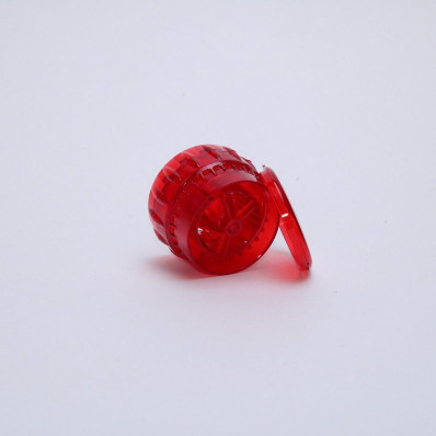 Крышка-мельница для специй красная